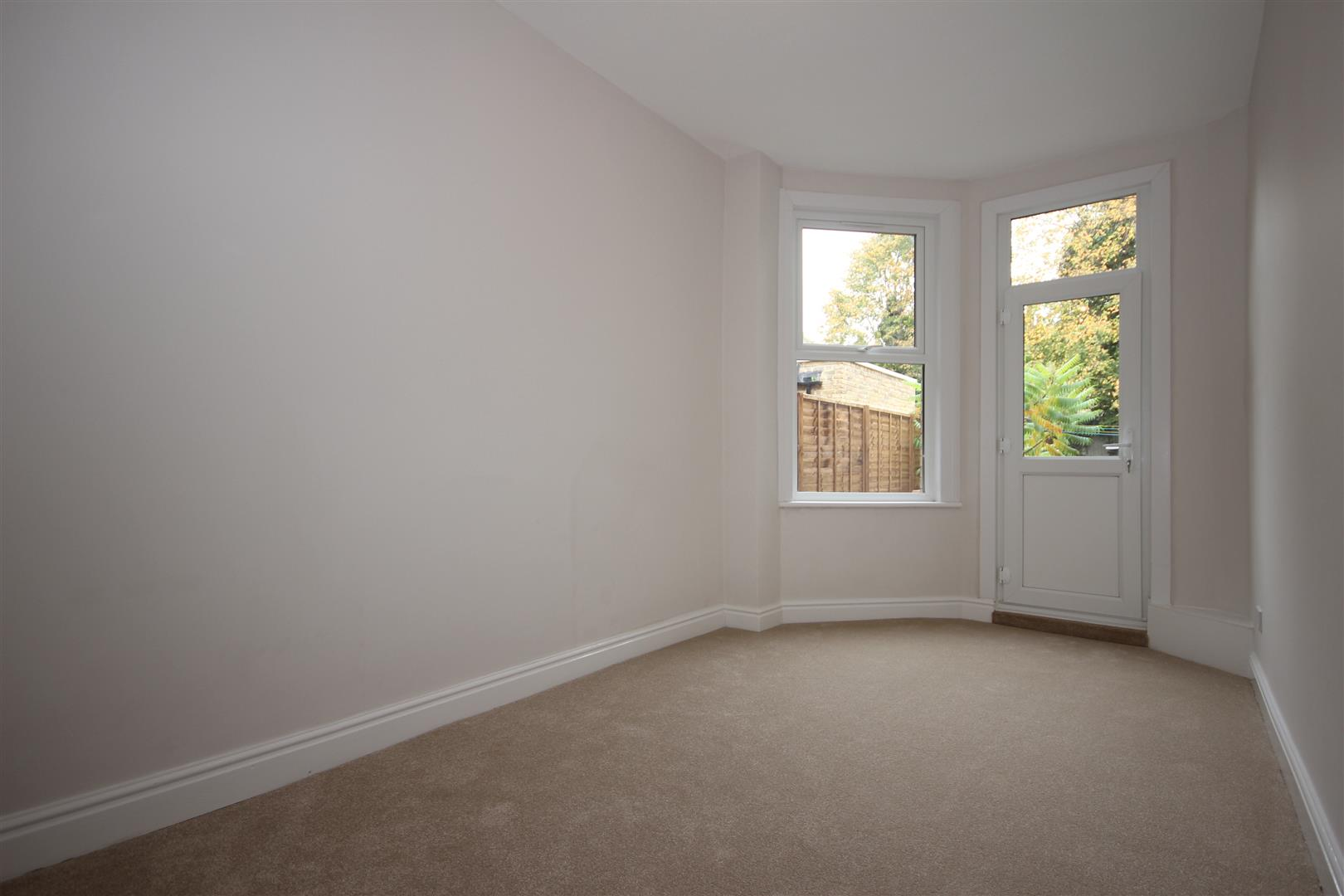 1 Bedroom Apartment Flat for sale in Greenhill Road, London